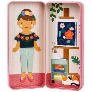 Mini Magnetic Dress-up Studio
