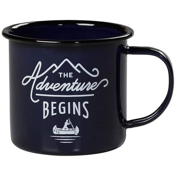 Emaljekrus fra Gentlemen's Hardware med flot motiv 'The Adventure Begins'  Blå